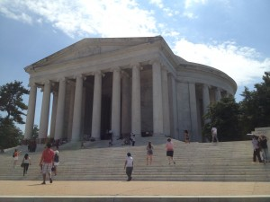 biking to the front of the jefferson memorial